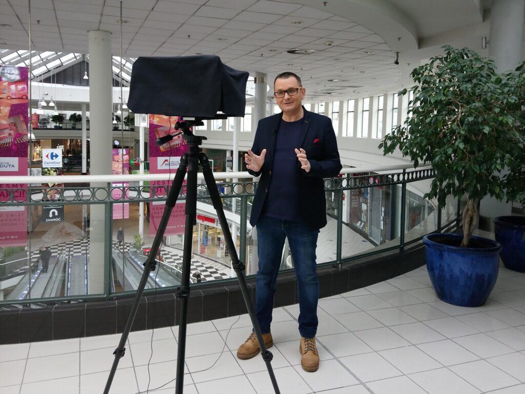 teleprompter: Maurycy Seweryn nagranie 3 odcinka porad, teleprompter